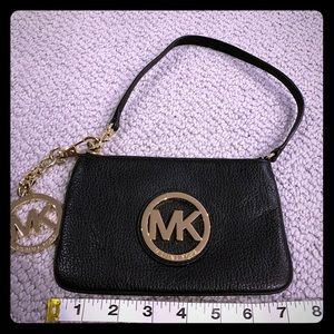 Elegant Simple Black leather Michael Kors wristlet